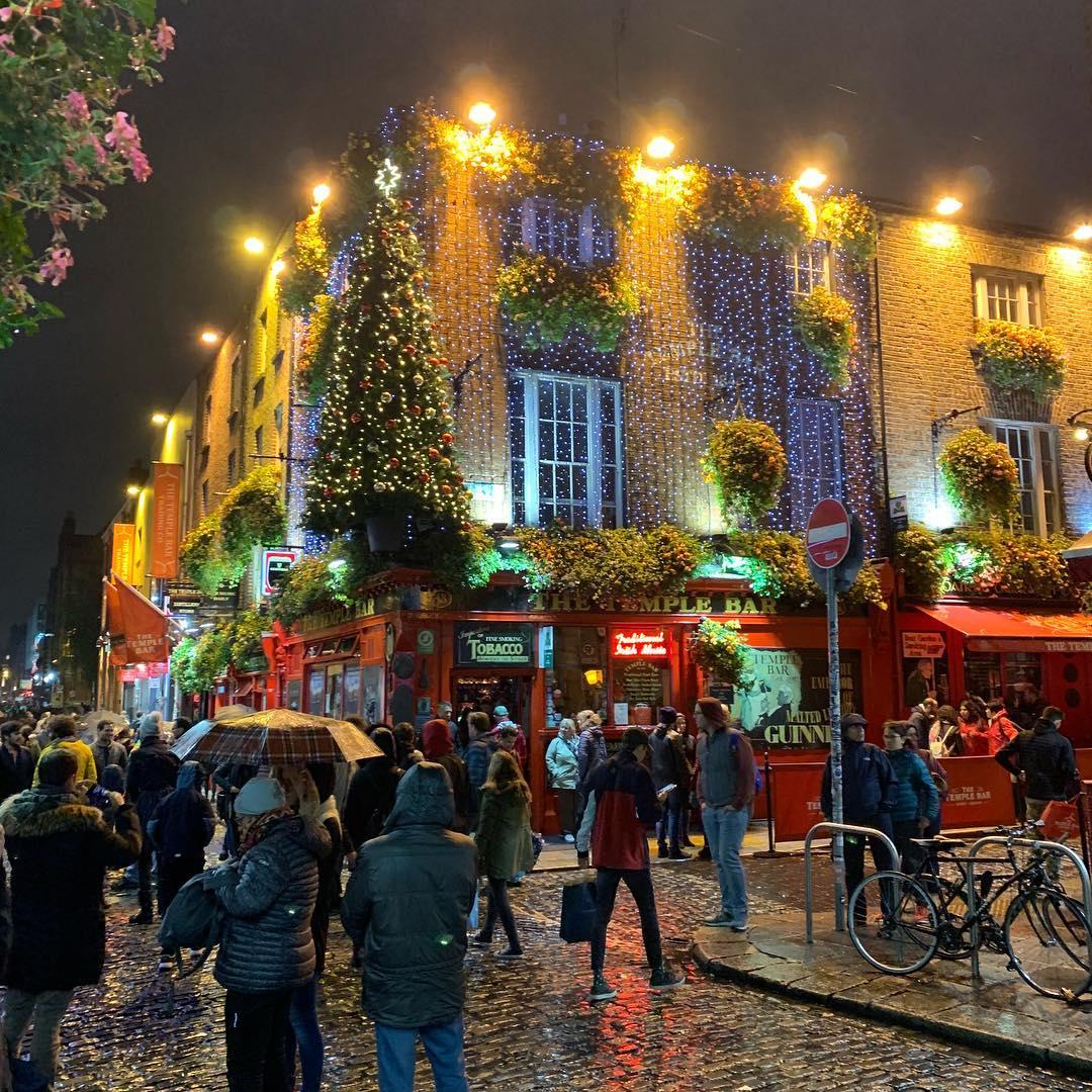 Temple Bar - Dublin .jpg