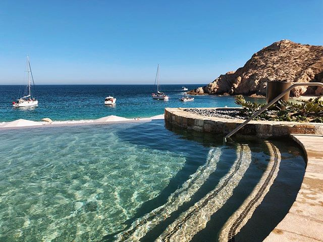 An ocean-lover's paradise 🌊 . . . . . . . . . #theelevenfourexperience #partnership #travel #montageloscabos #mexico #spring #ocean #traveladvisor #sunsets #vacation #culture #city #lakes #travelguide #adventure #getaway #views #travelagency #destinations #bucketlist #travelphotos  #traveltips #travelplanner #moments #losangeles #photography