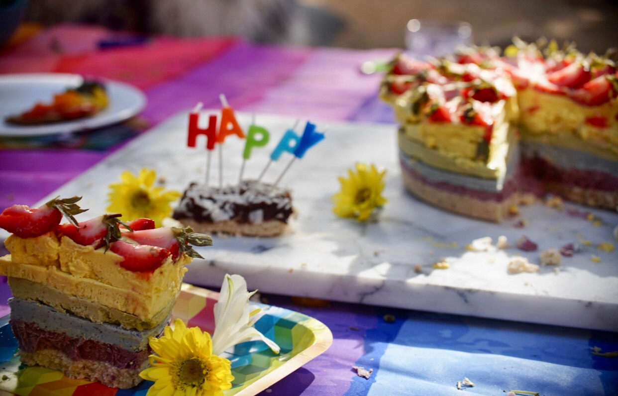 Rainbow cake kyrious CBD