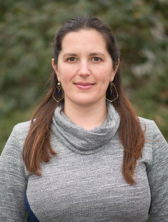 Daniella Marchick's passion is helping elderly caregivers overcome caregiver burnout in Portland Oregon.