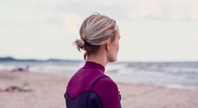 Waiting for the waves to come in this week🙏🏽 ⠀⠀⠀⠀⠀⠀⠀⠀⠀⠀⠀ ⠀⠀⠀⠀⠀⠀⠀⠀⠀⠀ ⠀⠀⠀⠀⠀⠀⠀⠀⠀⠀⠀ #prayforwaves #surfforit #surflakemichigan #greatlakessurf #greatlakeslocals