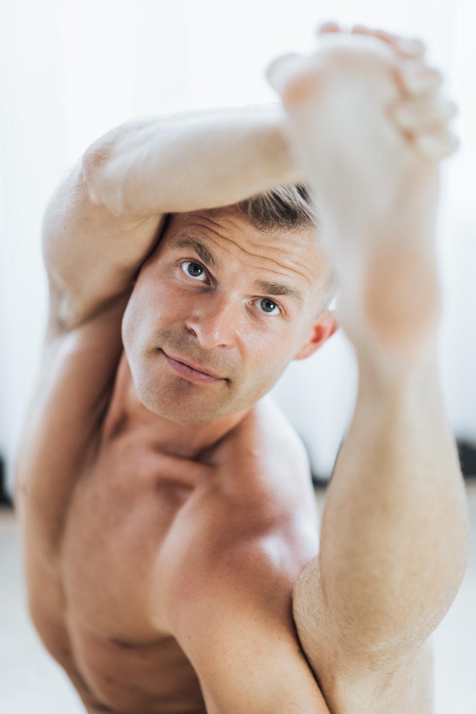 DUNCAN  1.5 hour creative photography session for Yoga teacher Duncan Parviainen at Little Mandarin Yoga studio.