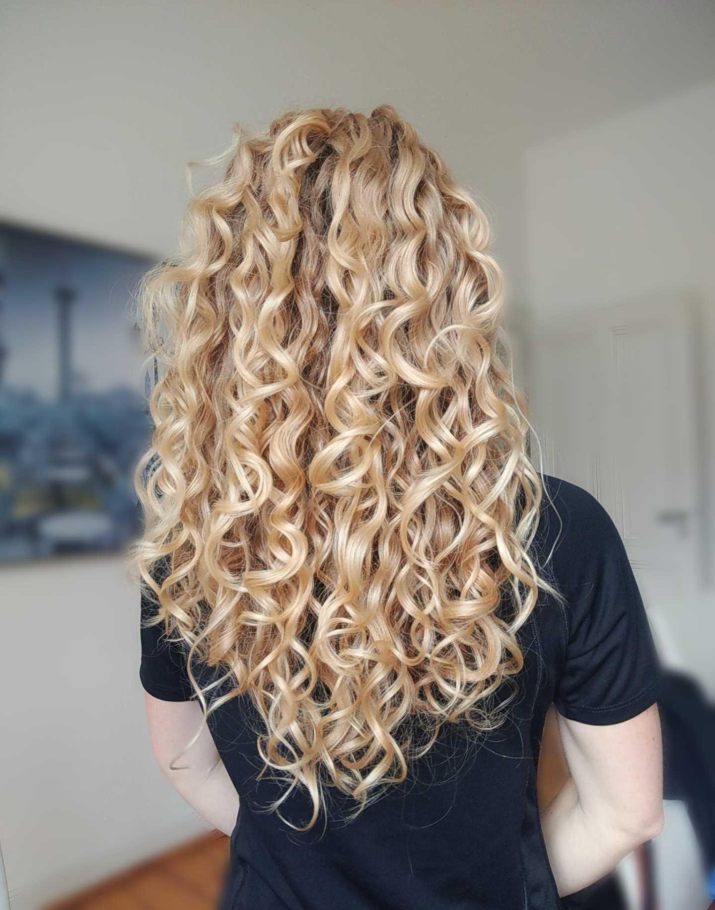 Hair photo back.jpg