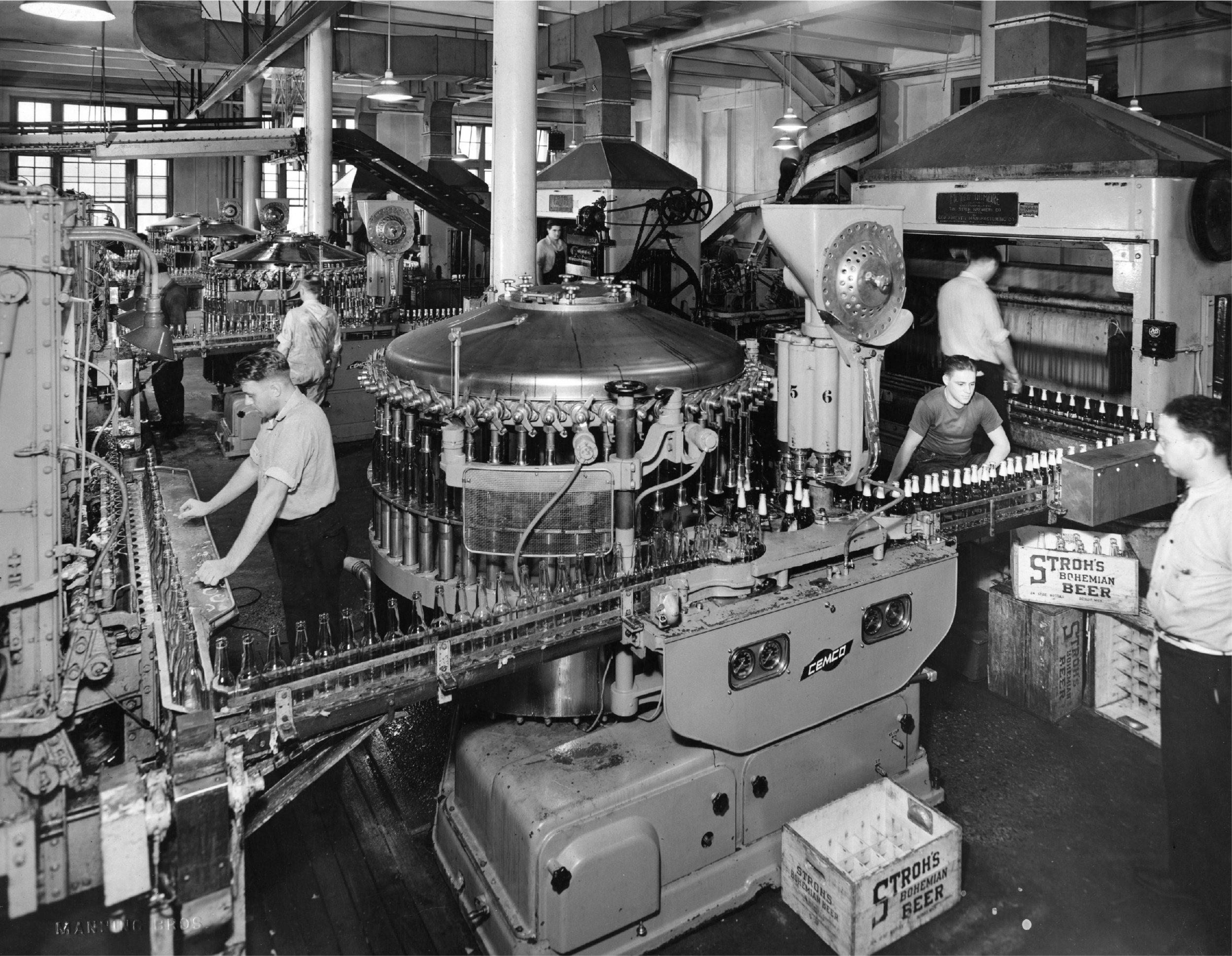 132125 Stroh Brewery September 12 1938 small.jpg