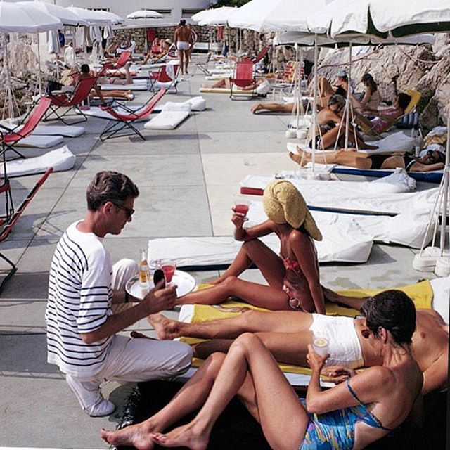 Slim Aarons 〰 the other love in our life.