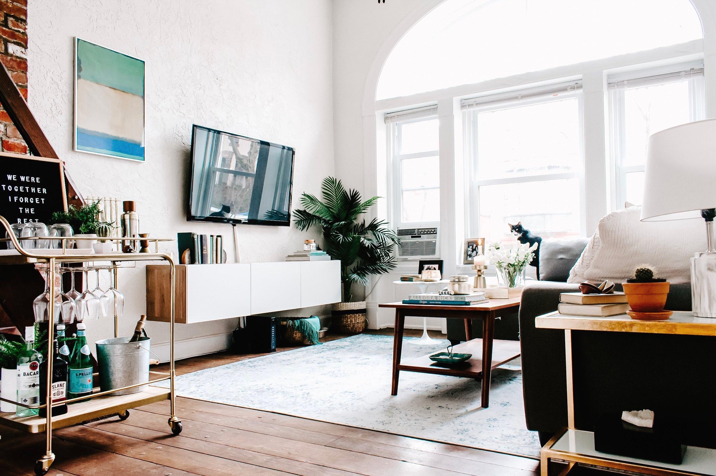 Living_Room-8.jpg