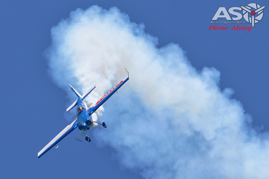 Mottys-Rathmines-2017-Paul-Bennet-Airshows-Rebel-300-VH-TBN-2883-ASO.jpg