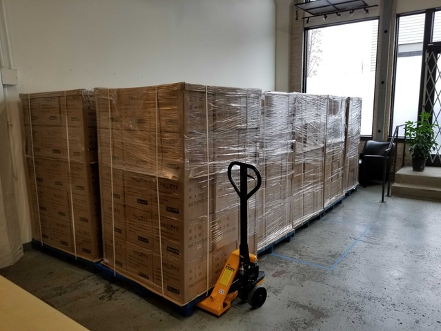 boxeslotsofboxes.jpg