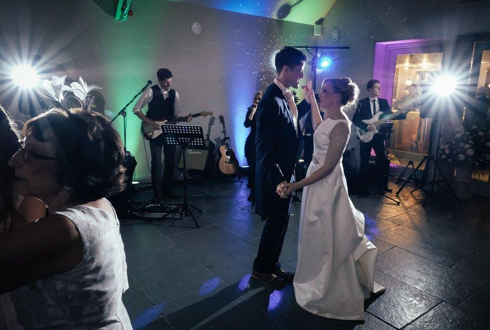 Taylormade_Julie_and_Ian_Wedding.jpg