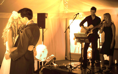 Taylormade Acoustic Duo Leicestershire Wedding Venue