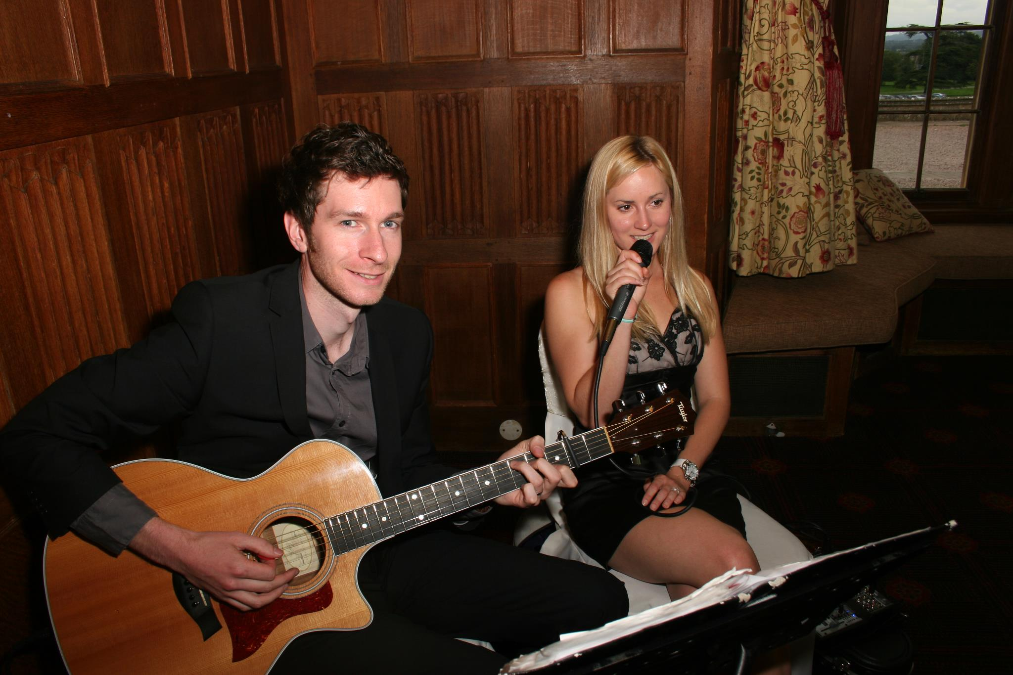 Taylormade Acoustic Duo Mythe Barn Warwickshire