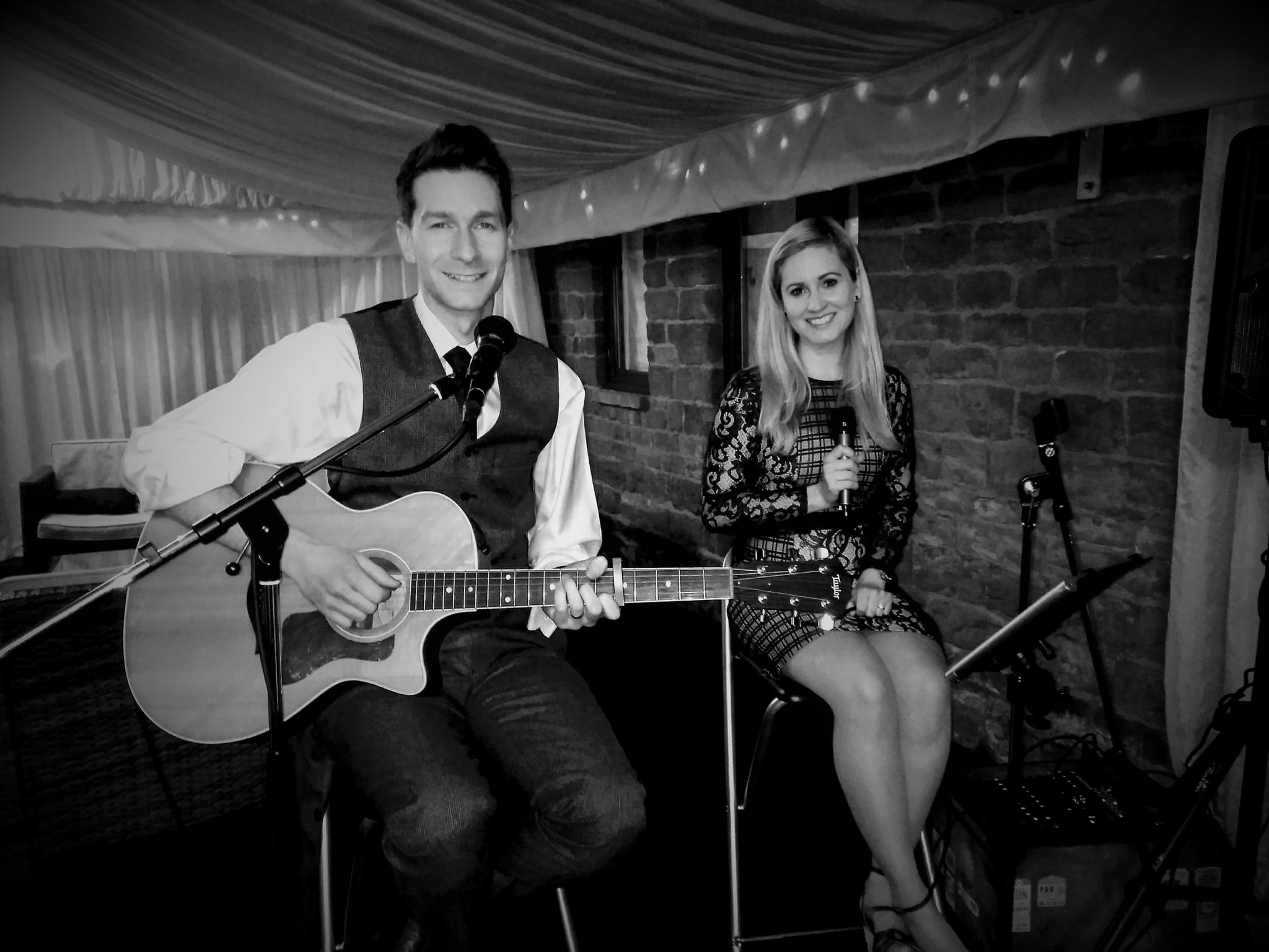 Acoustic Duo Crockwell Farm Northamptonshire Wedding