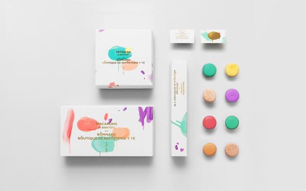 Macaroon packaging. Design by Anagrama.