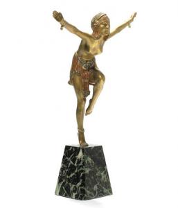 Sculpture by Demetre Chiparus