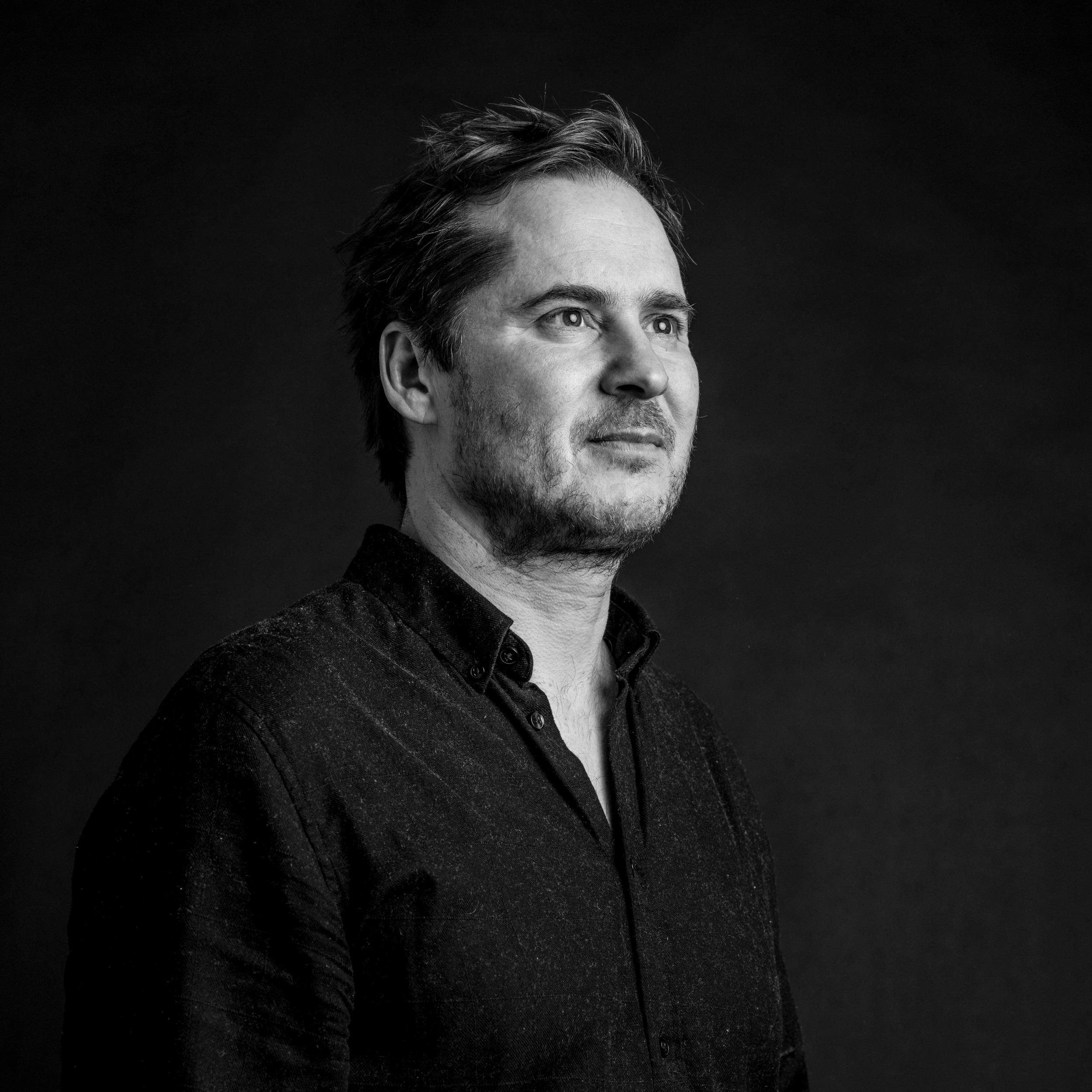 Artist & Grafic Designer Paul van Elk