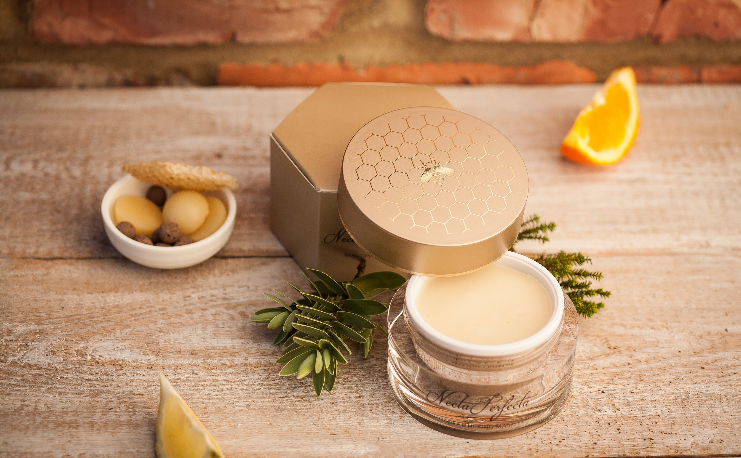 BEE GOOD - The only British premium skincare brand to exclusively use British beeswax, honey and propolis in all our products.