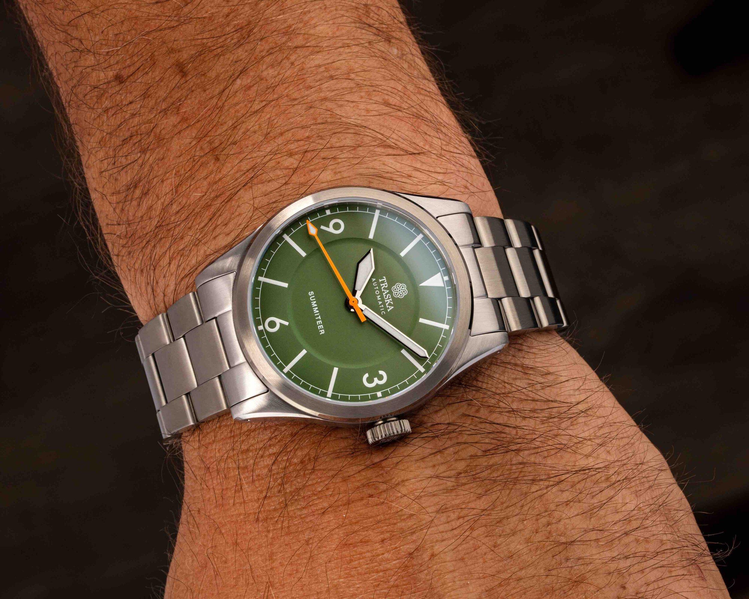 Sage Green Traska Summiteer 3.jpg