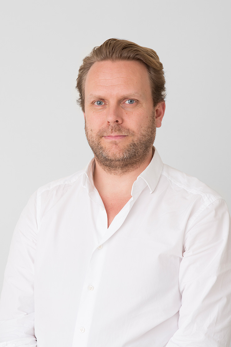Tomas Stokke  co-founder of Haptic, having previously established and led the Oslo-based office, Arkitekturverkstedet, and co-founded the London office Metropolitan Workshop. He is educated at the Bartlett, University College London.