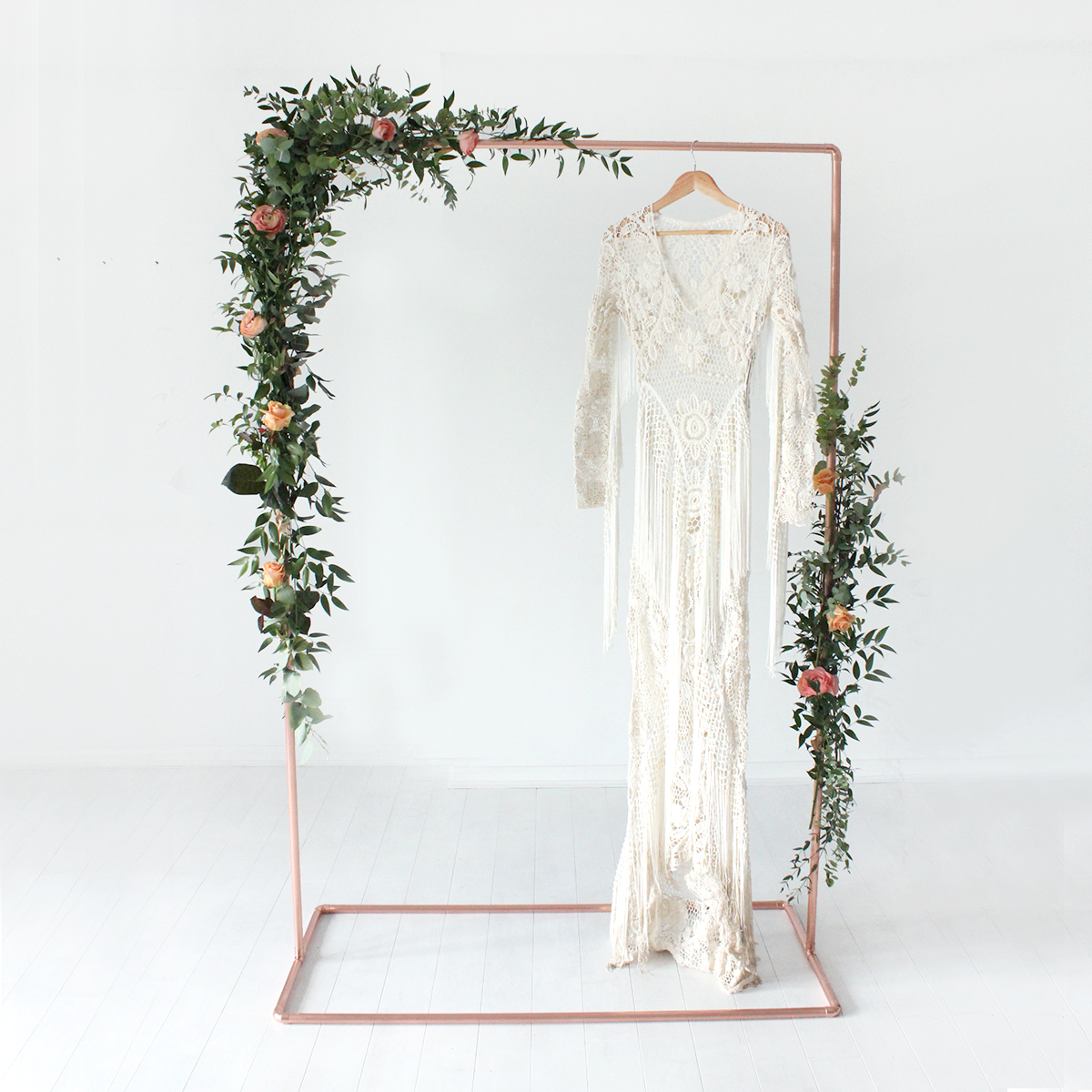 EVENTs & Styling - We can do anything from a small bridal bouquet to event styling and prop hire
