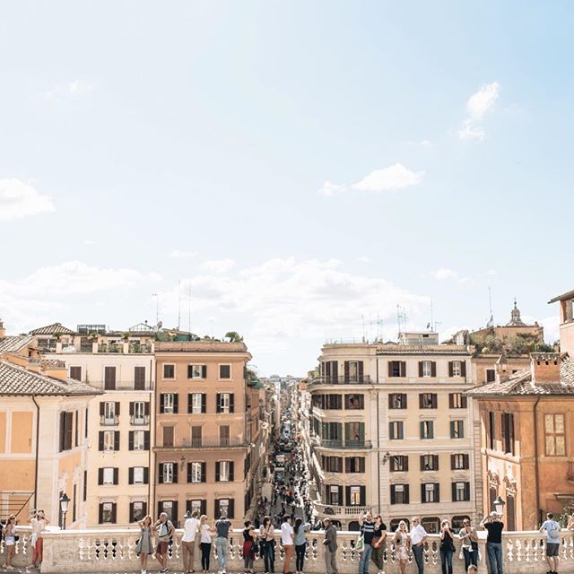 The striking Spanish Steps 📍Rome, Italy ✨✨ . . . #vacationtime #travelblogger #travelgram #mytinyatlas #neverstopexploring #iamatraveler #welltravelled #passionpassport #openmyworld #athomeintheworld #flashesofdelight #femmetravel #dametraveler #quotes #adventure #ootd #ootdsubmit #the_daily_traveller #girlsthatwander #livingdestinations #watchthisinstagood #ladiesgoneglobal #nomadgirls #Italy #Rome #Europe