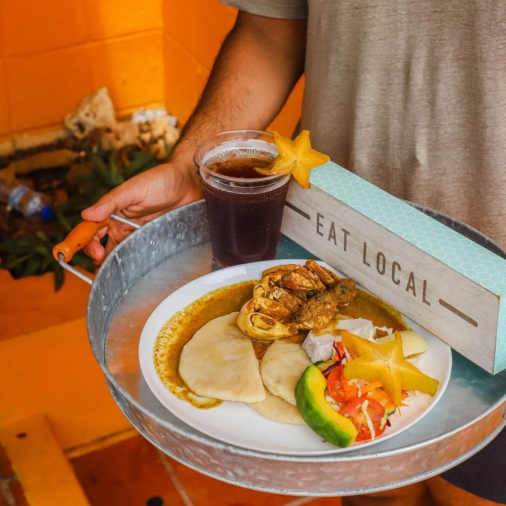 Crab+and+dumplings+-+Miss+Trim%27s+-+Tobago