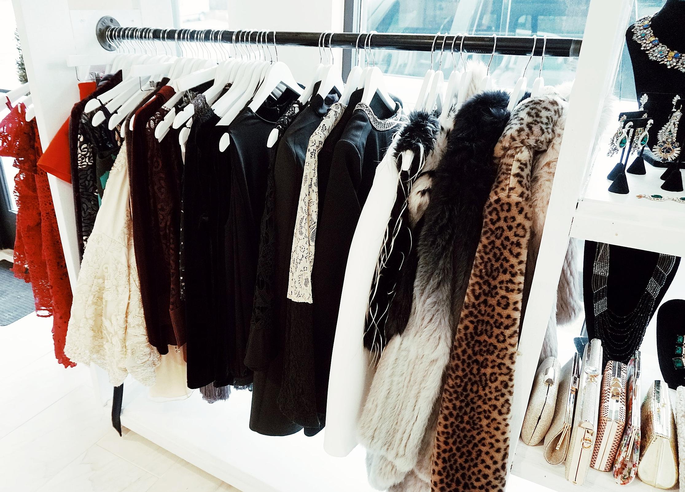 the-showroom-nashville-high-end-fashion-rentals-where-to-shop.jpg