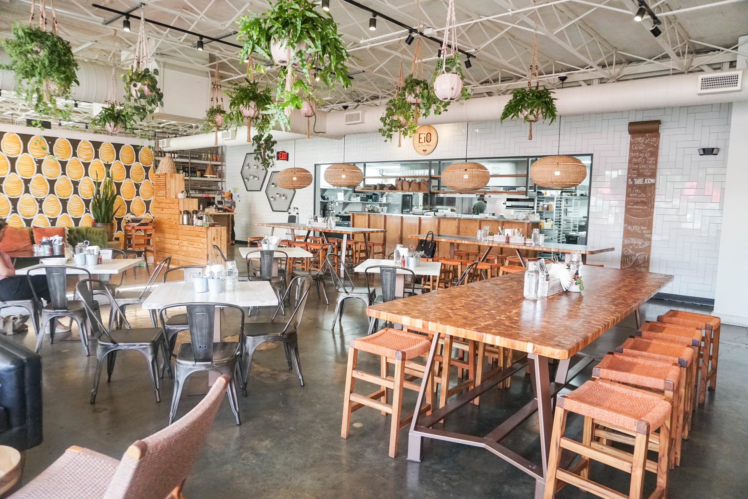 organic-restaurants-nashville-eio-and-the-hive.jpg