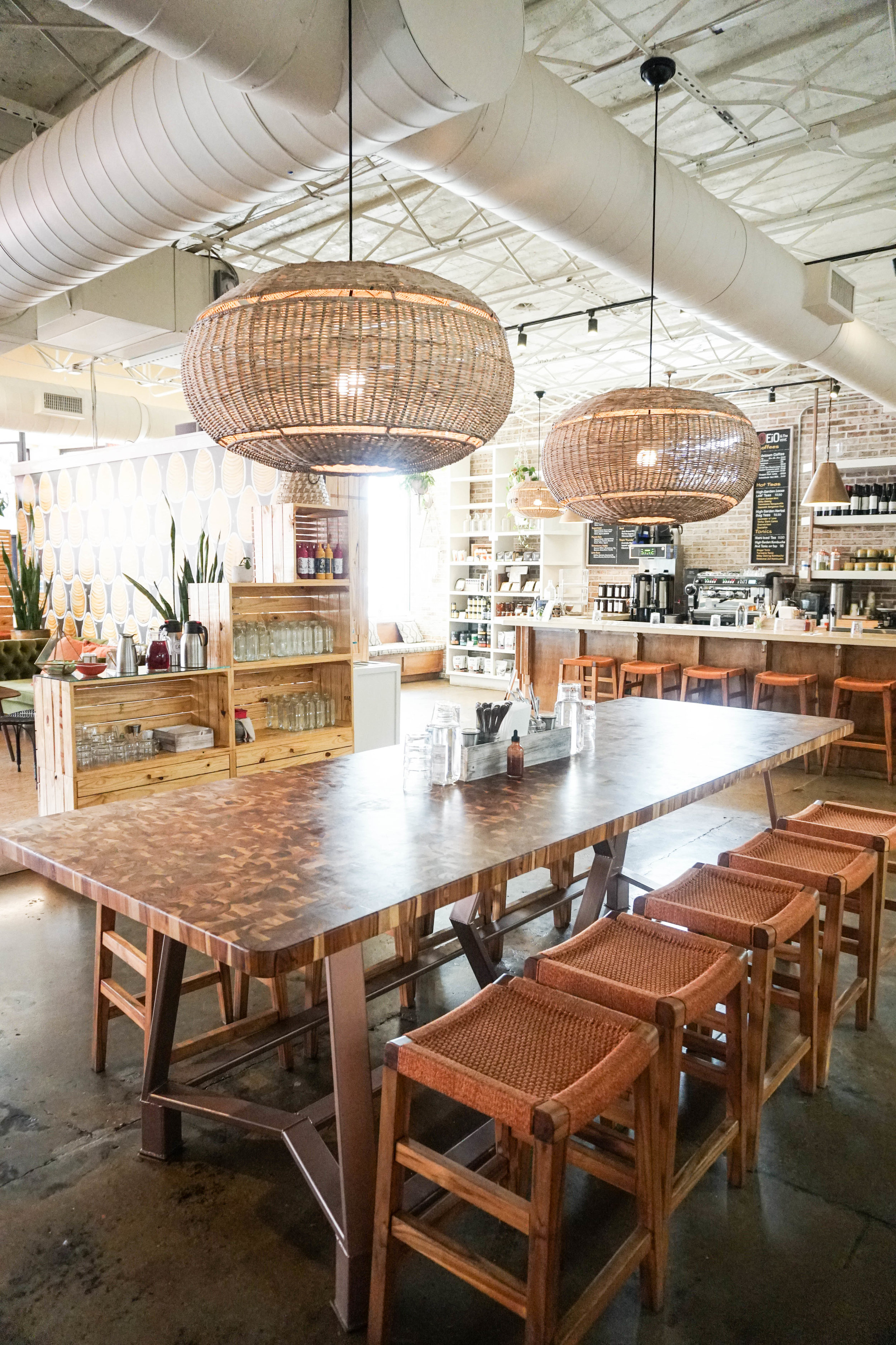where-to-eat-nashville-tennesse-eio-and-the-hive-the-second-muse.jpg