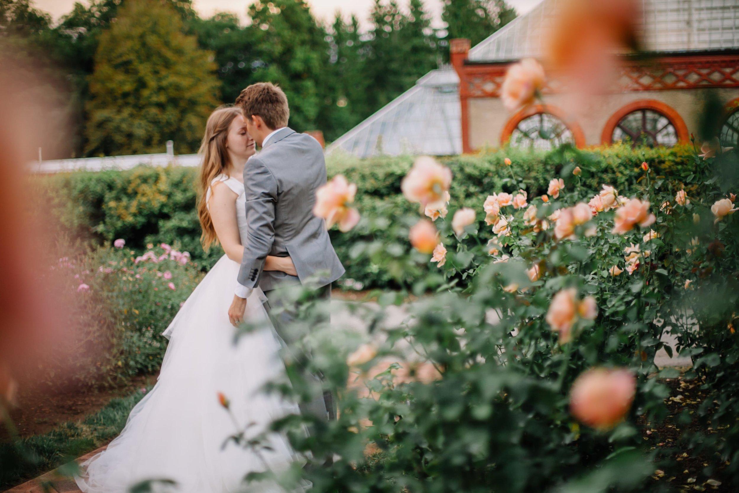 rose garden texas wedding