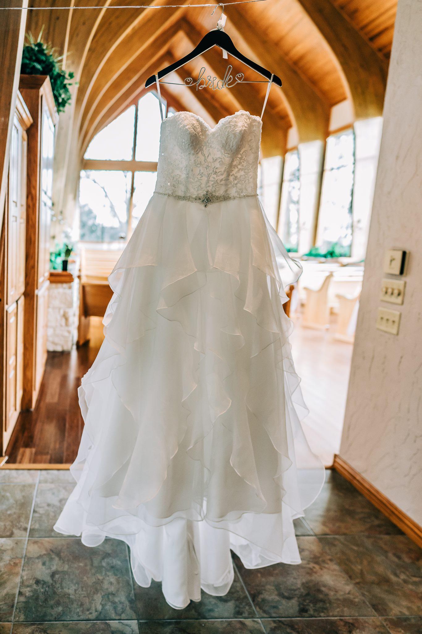 Aubrey-Texas-Harmony-Chapel-Wedding-Florist-David-Co.-9.jpg