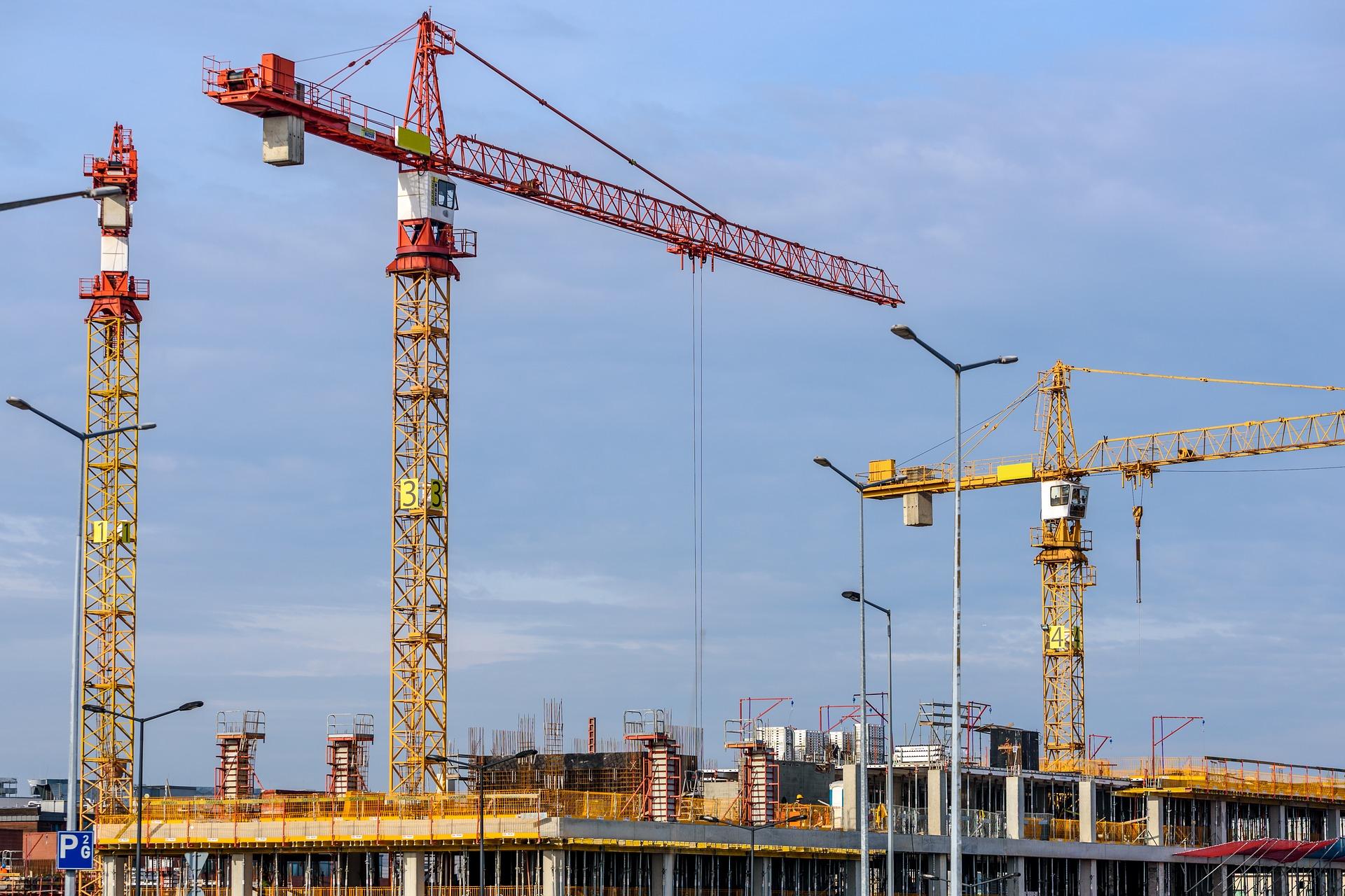 building-1804030_1920.jpg