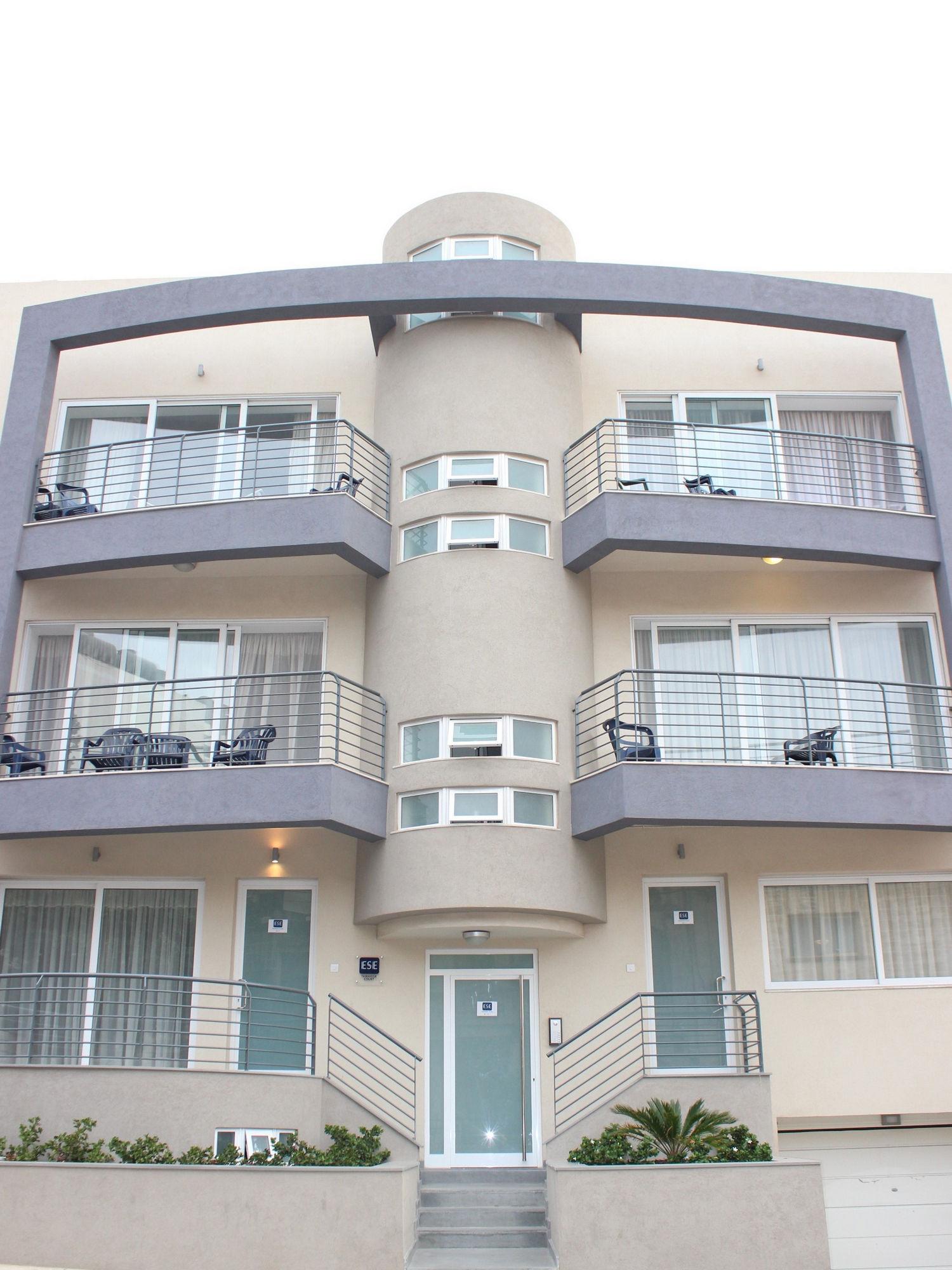 ESE School, appartamenti-edificio