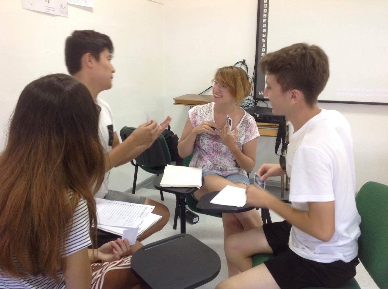 AClass - studenti in classe