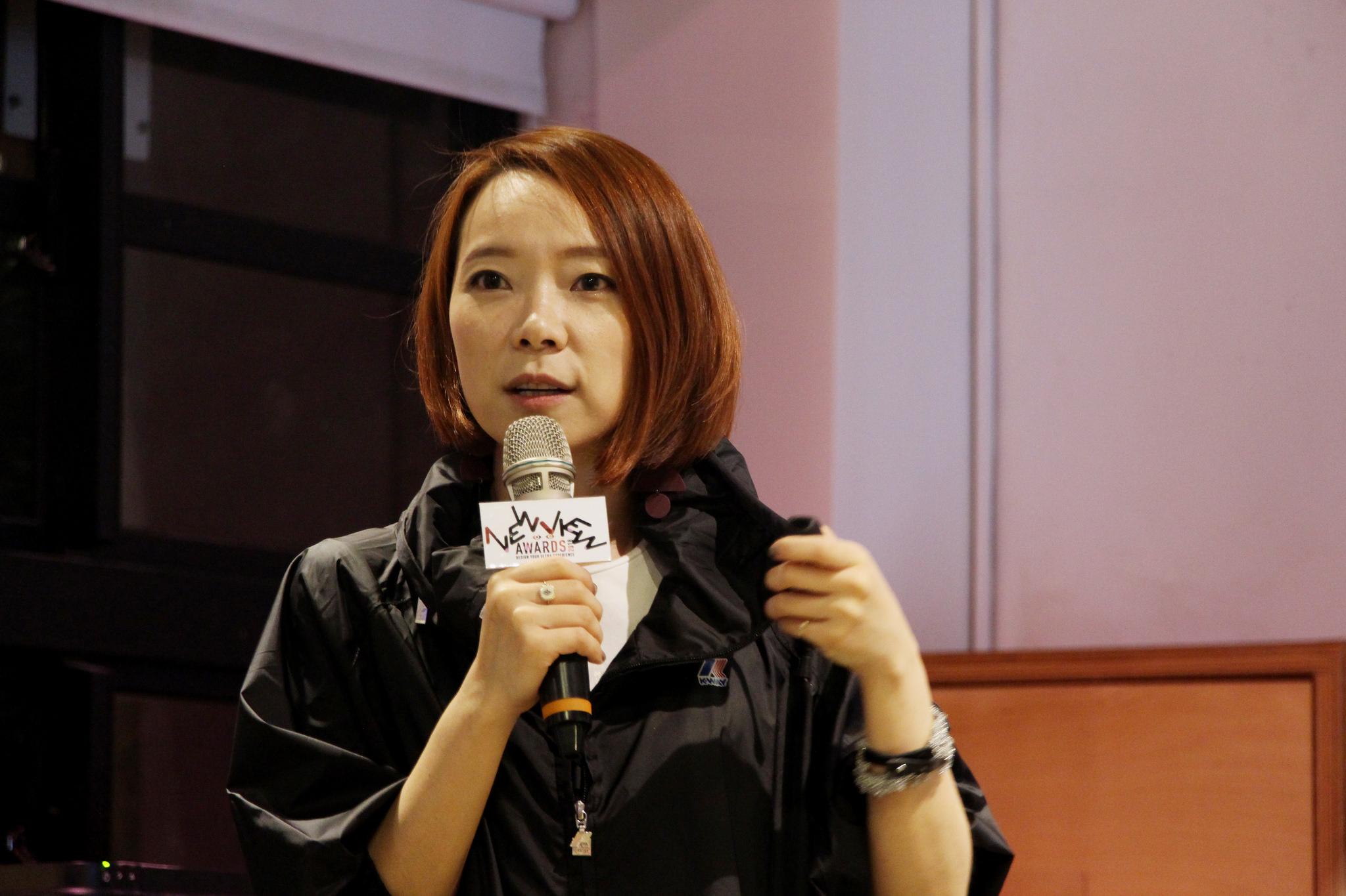 NEWVIEW審査員であるAgi Chenさん。自身の作品制作の中で得られた知見をVR制作にどう活かせるかをお話してくれました