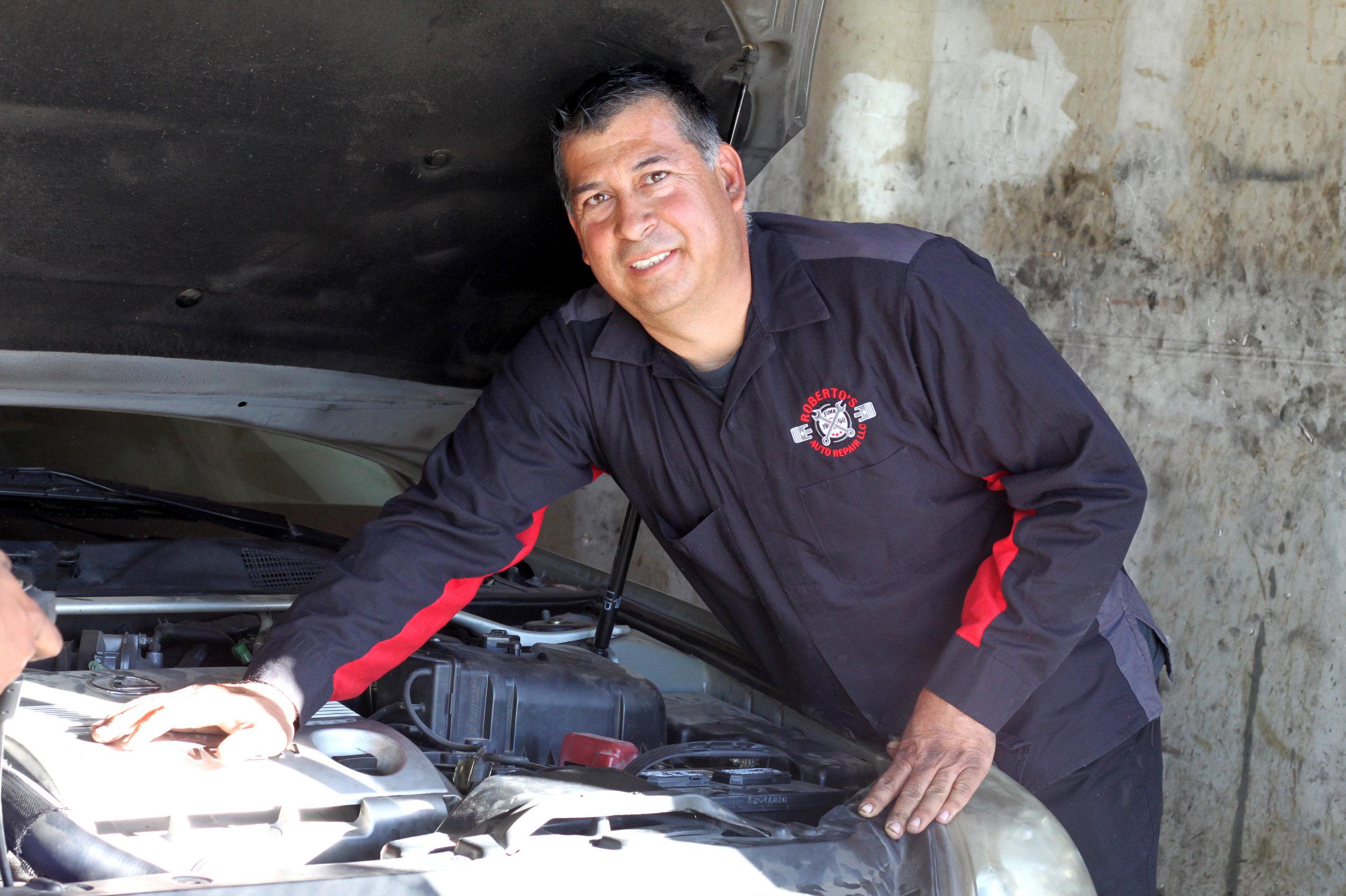 Roberto   Ahumada, Roberto's Auto Repairs