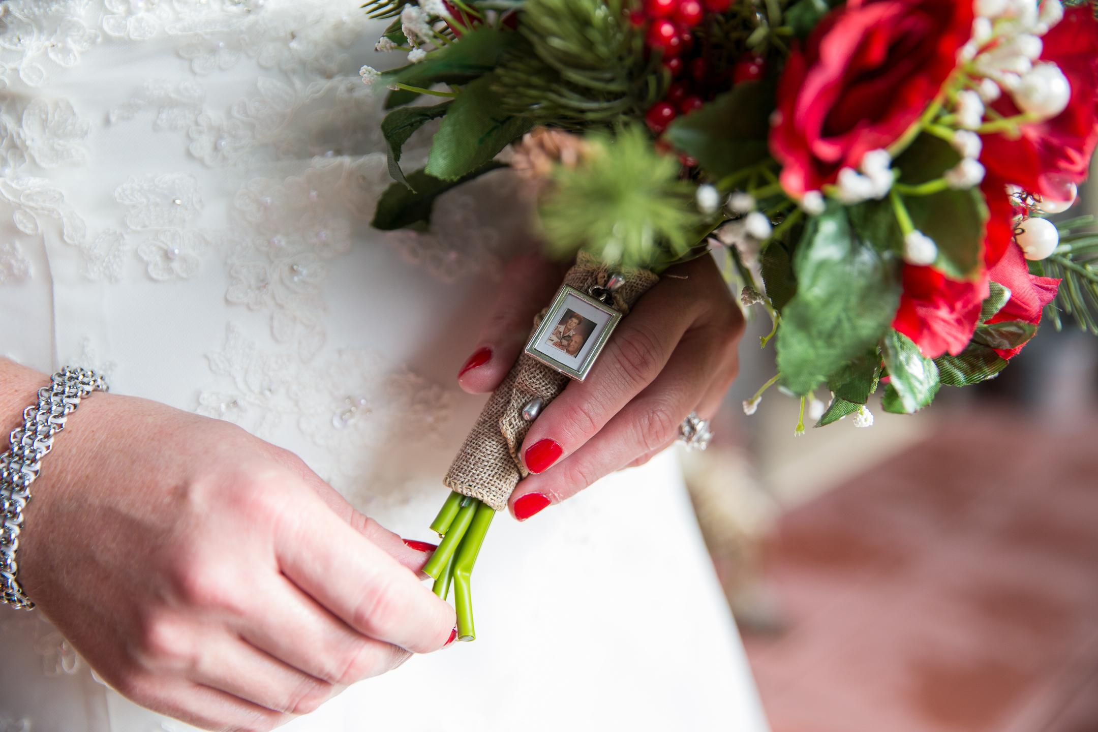 getting-ready-lartz-wedding-dez-merrow-photograpy-186.jpg