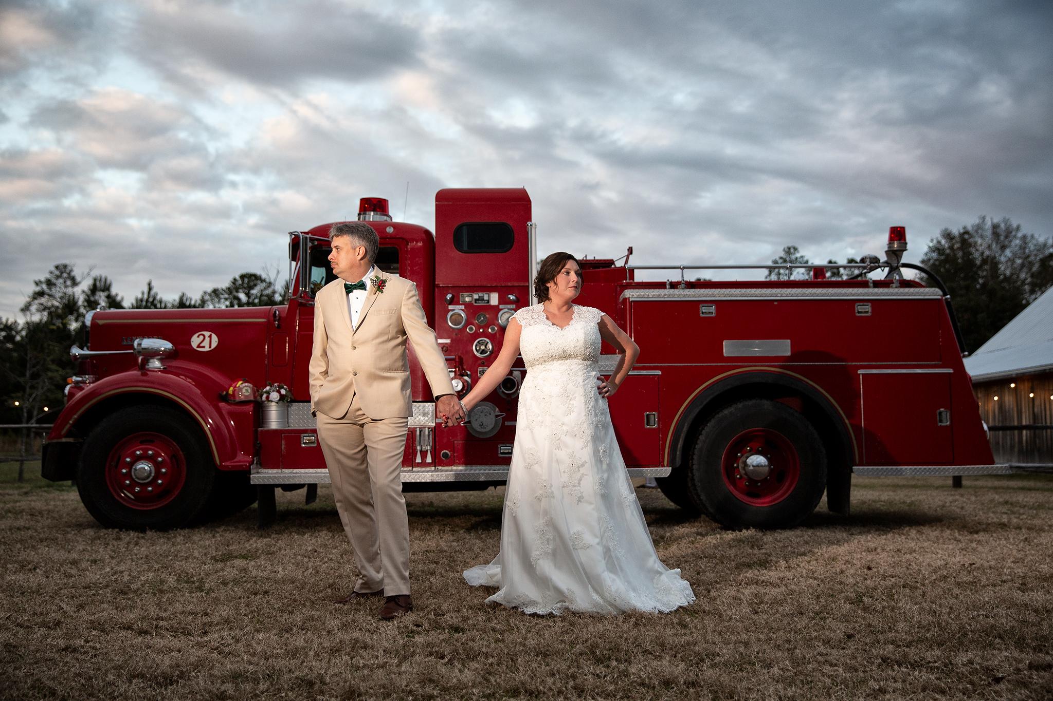 jennifer-billy-wedding-dez-merrow-photography-2018-barn-2.jpg