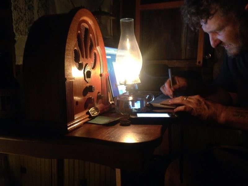 Modes working on his digital archive aboard the shantyboat. WES MODES/CC BY-NC-SA 2.0
