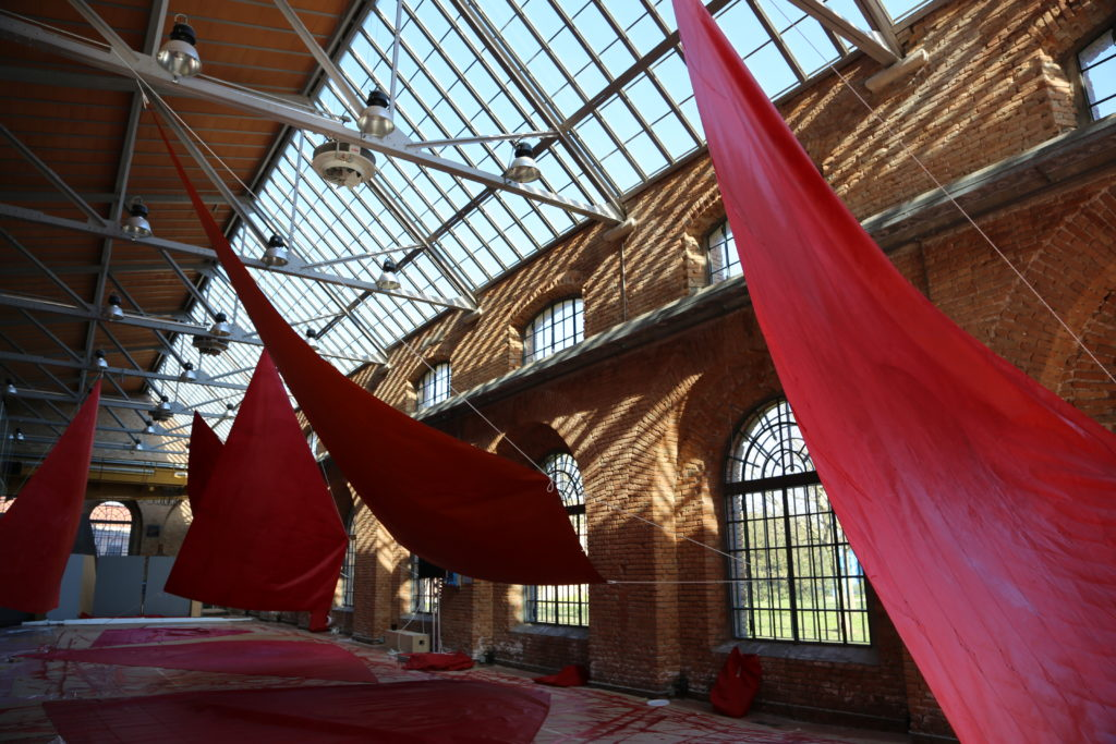 Red Regatta  sail painting workshop in Spazio Thetis, Venice, March 2019. Photo by Melissa McGill, Marcella Ferrari, and Luca Marella, courtesy of the artist.