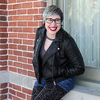 Lynn Larsh Author Photo sm.jpg