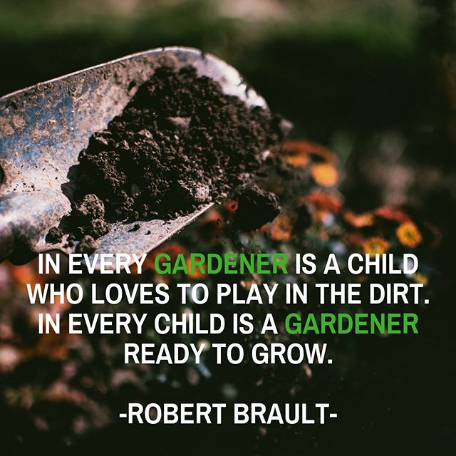 #teachthemyoung #turncompost #turndallas #gardener #urbangarden #composting #letthembelittle #younggardeners