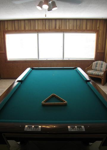 pool_table_c.jpg