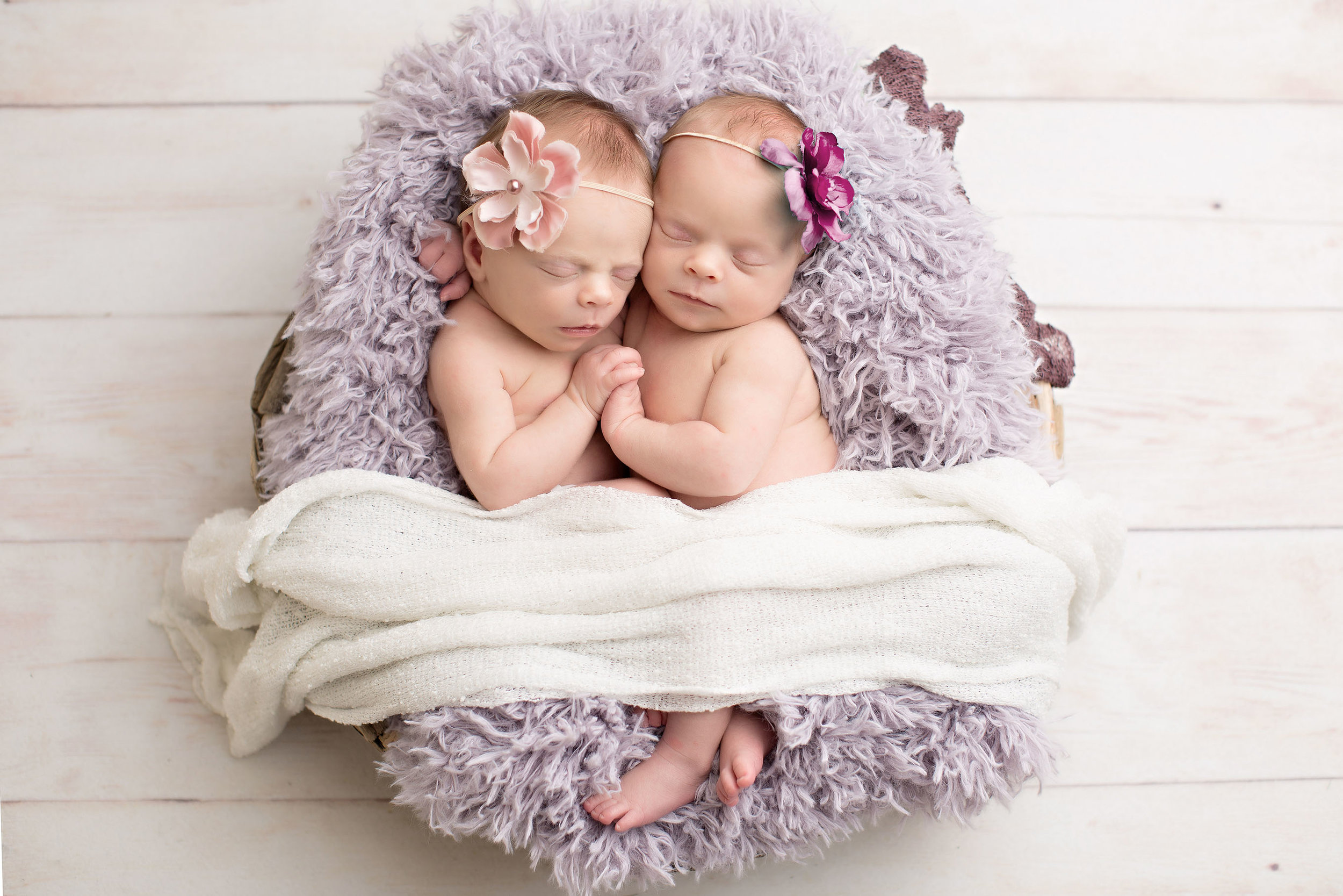 Chloe and Cameron (Newborn)-14c copy.jpg