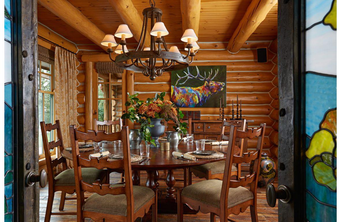 Lodge_diningroom_lrg-1152x768.jpg