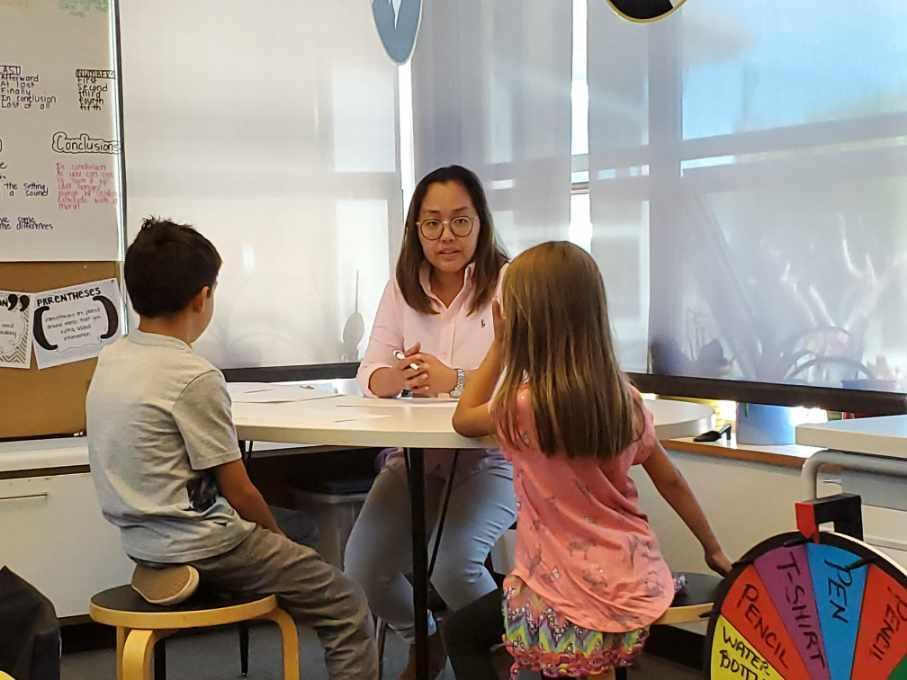 Mahalia Magabo, SPED Teacher, during hands on teaching practice of the approach with Chartwell students