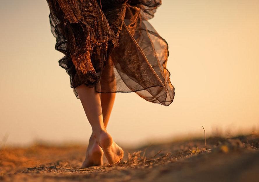 barefoot path.jpg