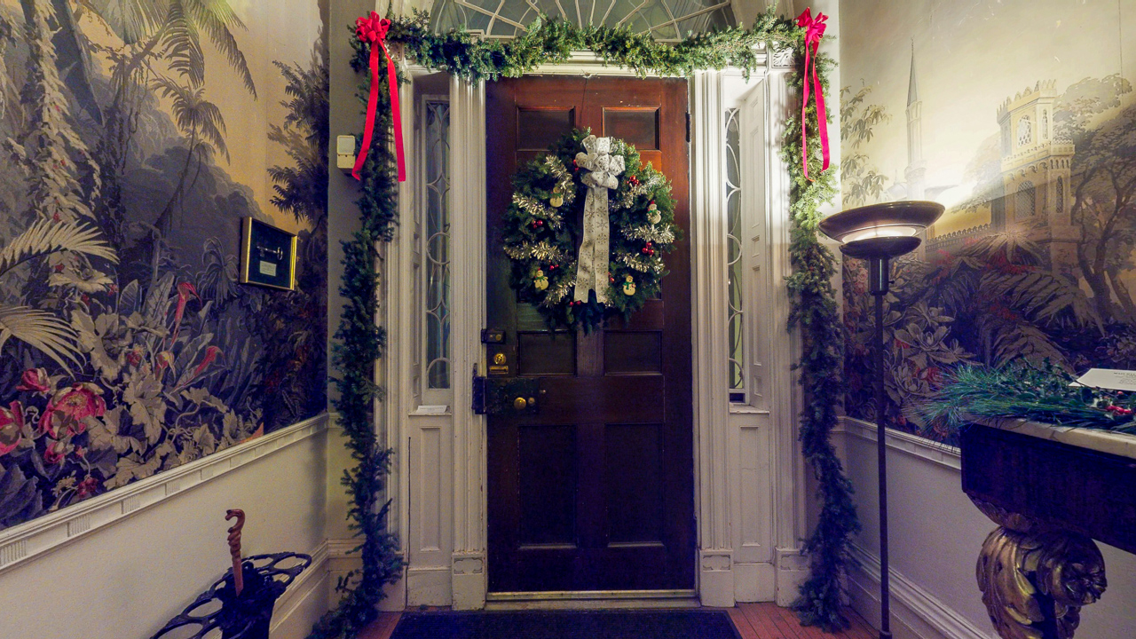 Rensselaer-County-Historic-Society-The-62nd-Annual-Holiday-Greens-Show-12022018_204129.jpg