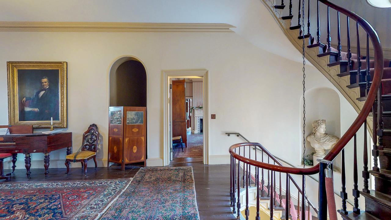 Ten-Broek-Mansion-12042018_120827.jpg