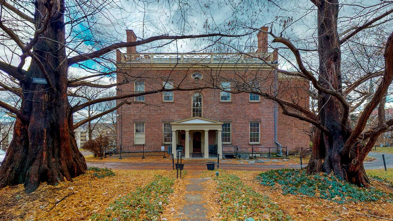 Ten-Broek-Mansion-12042018_124019.jpg