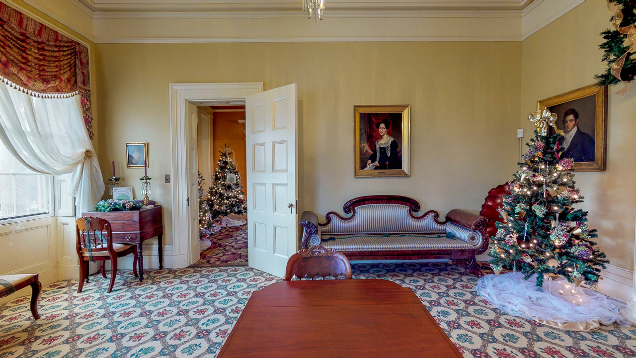 Ten-Broek-Mansion-12042018_115646.jpg